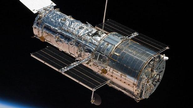 NASA修复哈勃望远镜的相机技术故障