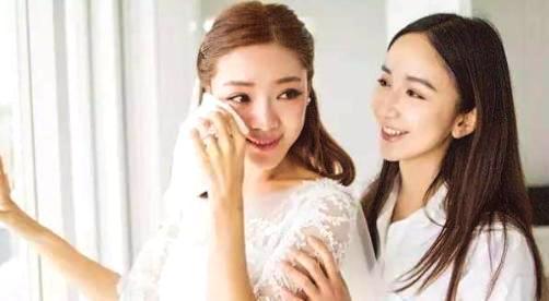 小姨妈唐悠悠官宣离婚,两人相爱14年,网友喊话:关谷快官宣吧!