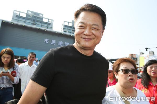 周锡玮主张虐童致死判死刑 批台湾政治人物不负责任