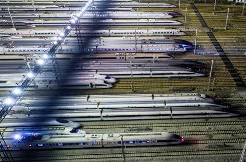 """春运本月21日开启!客流""""前紧后松"""",高峰时段部分铁路线路较为紧张"""