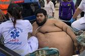 泰635斤重男子遇健康问题被送医治疗