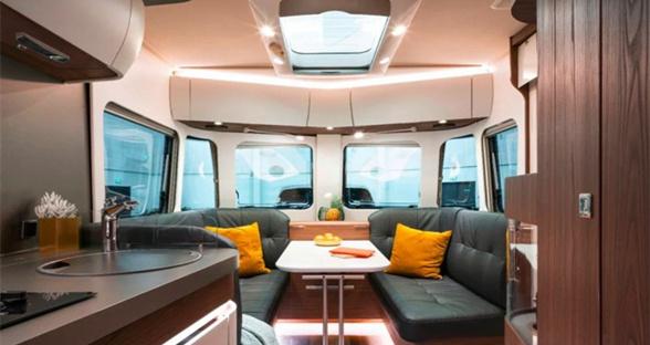 Eriba推出旗舰野营拖车Touring 82:可用APP控制