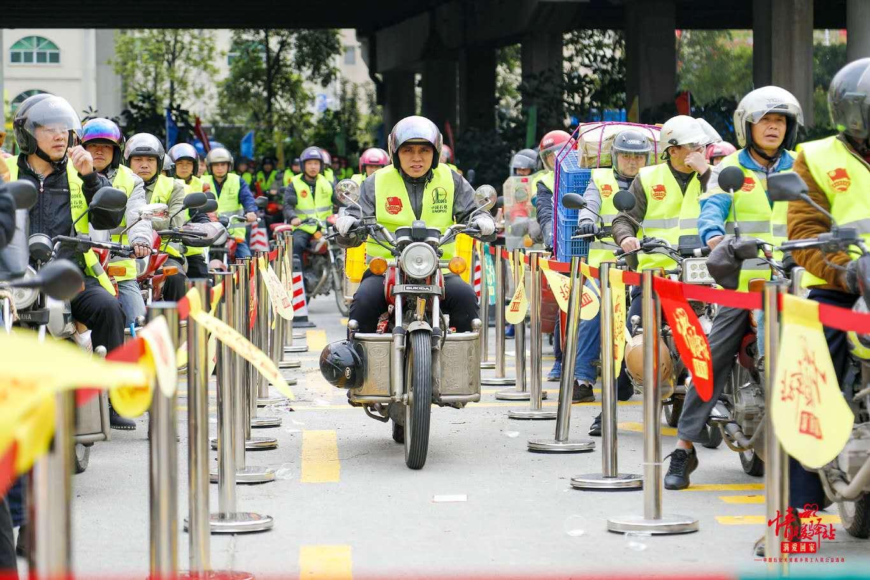 家音可期:中国石化为万名摩骑免费加油 7年3.5万志愿者共铸爱心大平台