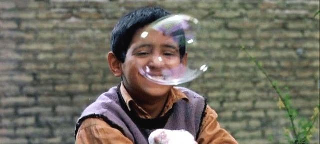 伊朗电影《小鞋子》一双鞋子一对兄妹,引发的心酸励志故事