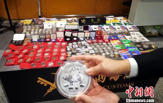 """春节前黄金制品成出入境旅客""""新宠"""" 海关提醒""""有限制"""""""