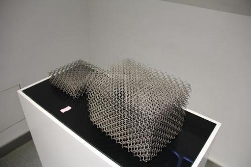 3D打印3.07米高C919中央翼缘条 金属3D打印仅5天