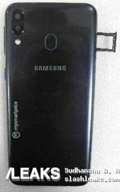 三星M20真机图泄露 背面指纹识别装置已确认