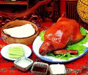 俄罗斯教授来北京吃烤鸭