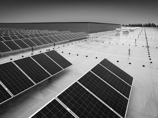 柔性电网将成为缓解供需侧矛盾,利于电动汽车、分布式能源、储能系统接入等未来电网的主要形式