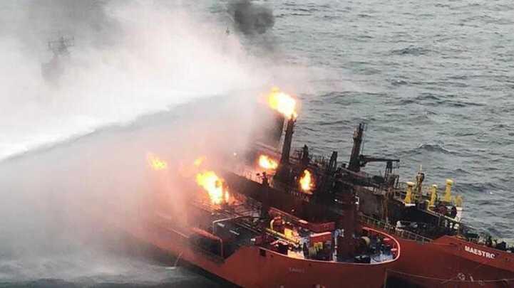 刻赤海峡货轮起火 失踪人员无生还希望