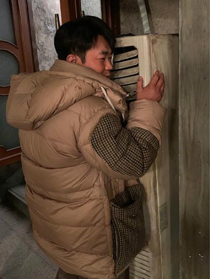 大鹏新戏造型撞脸王宝强 角色神秘引发网友讨论