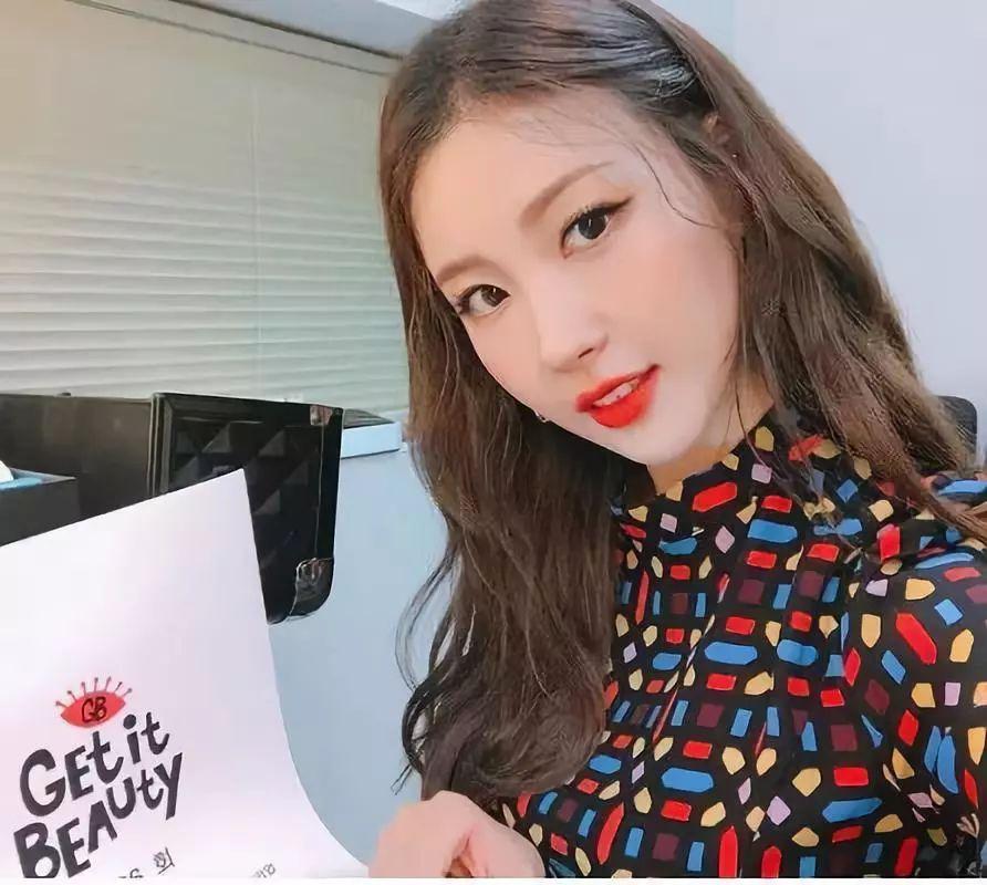 每天换张脸 娶了她等于娶了IU、泰妍、秀智、Jennie…