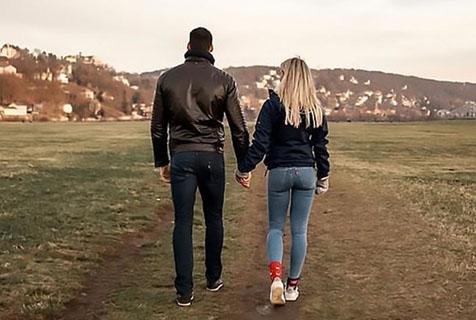 德网红女警察网上宣布与相恋10年男友分手