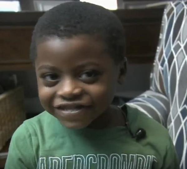美5岁男孩被锁校车内长达7小时 司机曾被提醒但无视