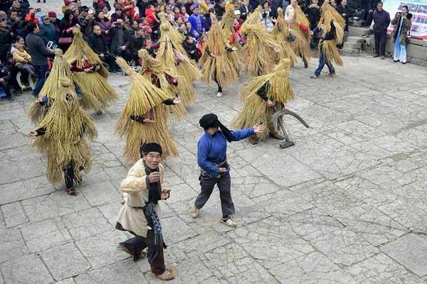 湘鄂联舞共迎春
