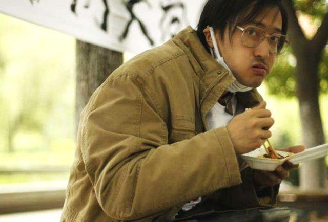 演员拍吃戏,杨幂吃5碗饭,王传君吃吐了