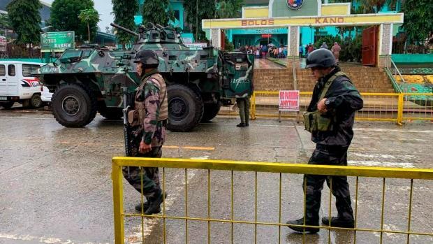 菲律宾南部一所教堂发生连环爆炸 19人死亡48人受伤