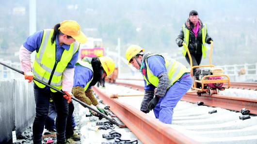 2019年中国铁路建设投资8500亿元