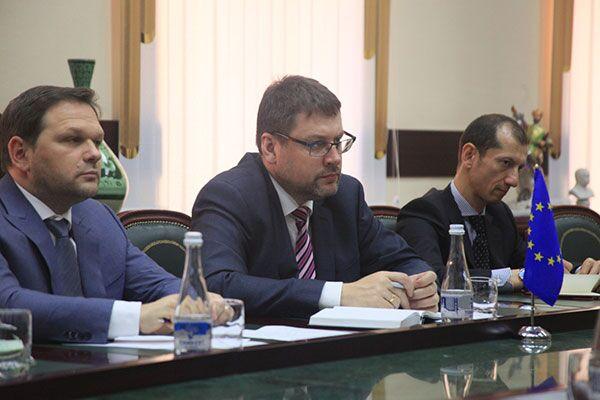 欧盟向乌兹别克斯坦拨款500万欧元  助其加入WTO