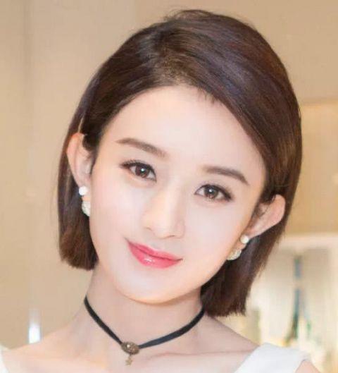 她本是赵丽颖替身,却因颜值高被导演看中,如今逆袭成为女主角