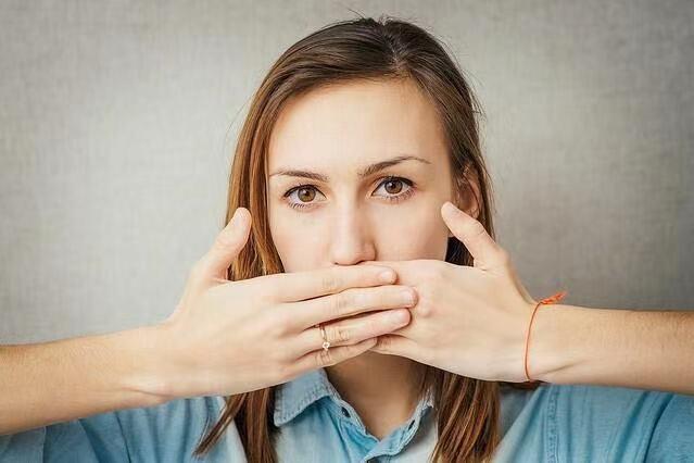 口臭源于蛀牙和牙周炎?看看日本专家怎么说