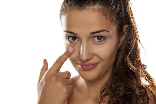 面部松弛是女生最大天敌,何不试试这种方法?