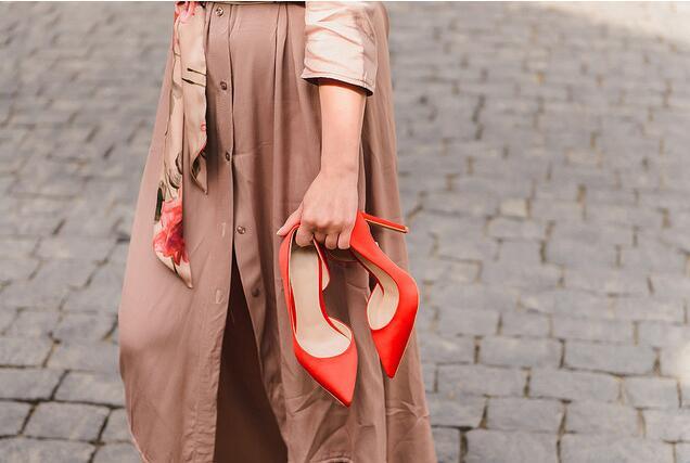 时髦达人必备购物本领  春节挑选回家的浅口鞋!