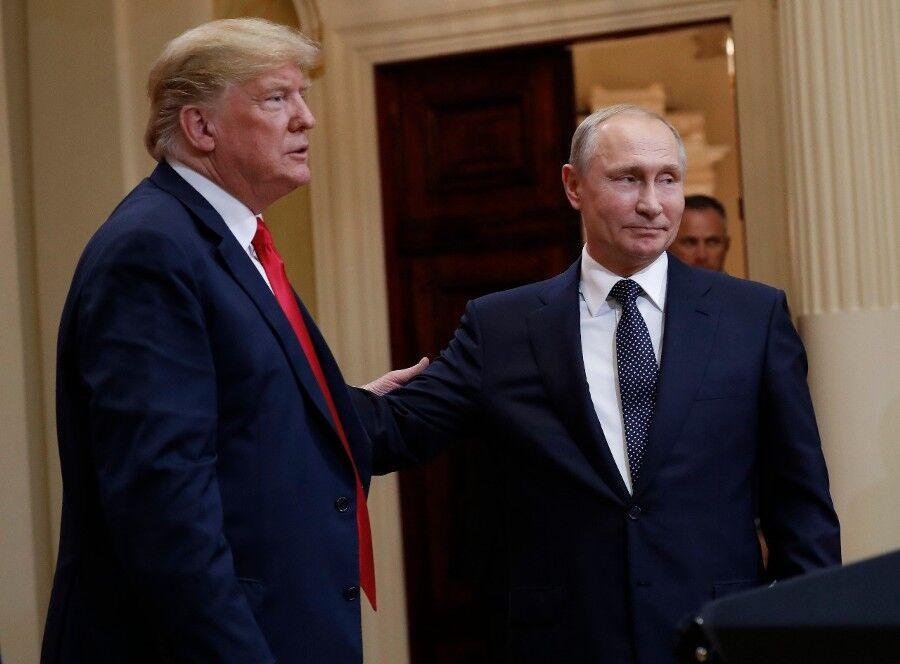 特朗普曾私会普京没带翻译? 俄总统新闻秘书:他没带,我们带了