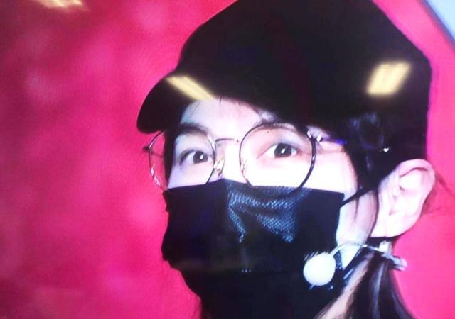 唐嫣婚后和罗晋越来越像素颜戴口罩彩排网友:这不是老罗吗?