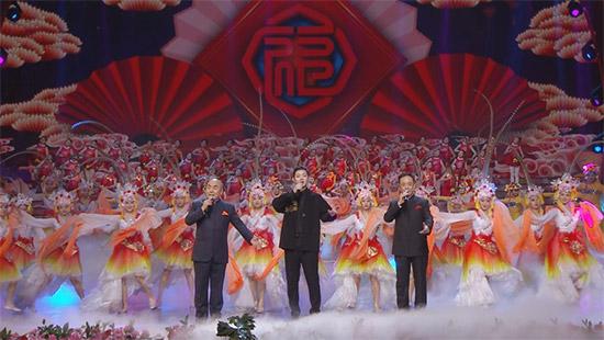 《辽视春晚》霍尊献唱 国际舞团登台贺新春
