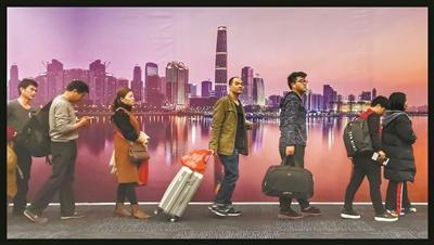 车站推出暖心便民措施 让旅客出行更方便顺心