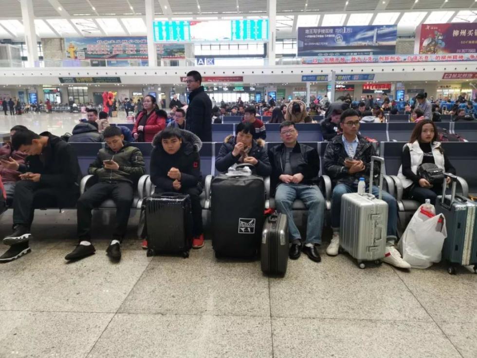 螺蛳粉、网红桶……广西柳州人的春运行李中,最无敌的竟是这个!