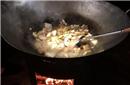 """过年也吃""""铁锅炖一切""""? 孙悦的大铁锅很诱人啊"""