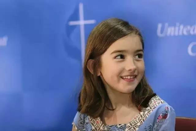 7岁改变世界,拯救百万儿童的小萝莉,如今终于长成了最美的样子!
