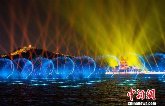 春节7天广东旅游收入近500亿元 同比增长16.9%