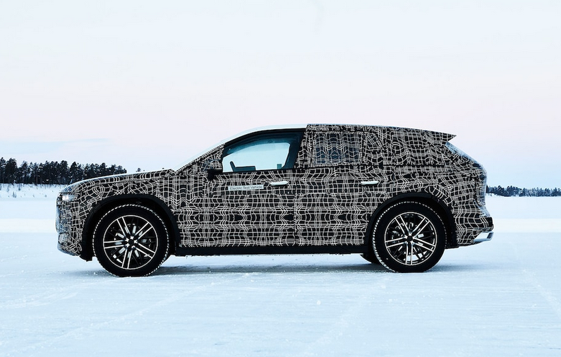 宝马iNext原型车经受严寒测试 官图发布