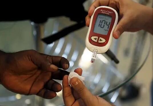 研究:1型糖尿病患者骨折风险增加