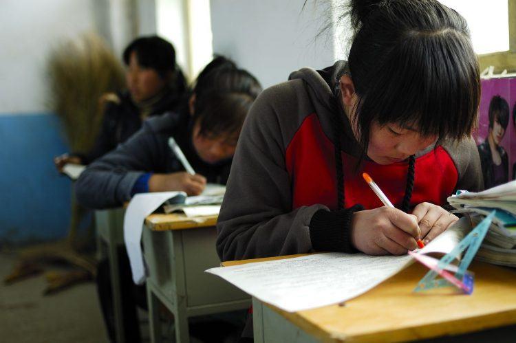 AI改变中国教育:这个APP能帮家长检查算术题