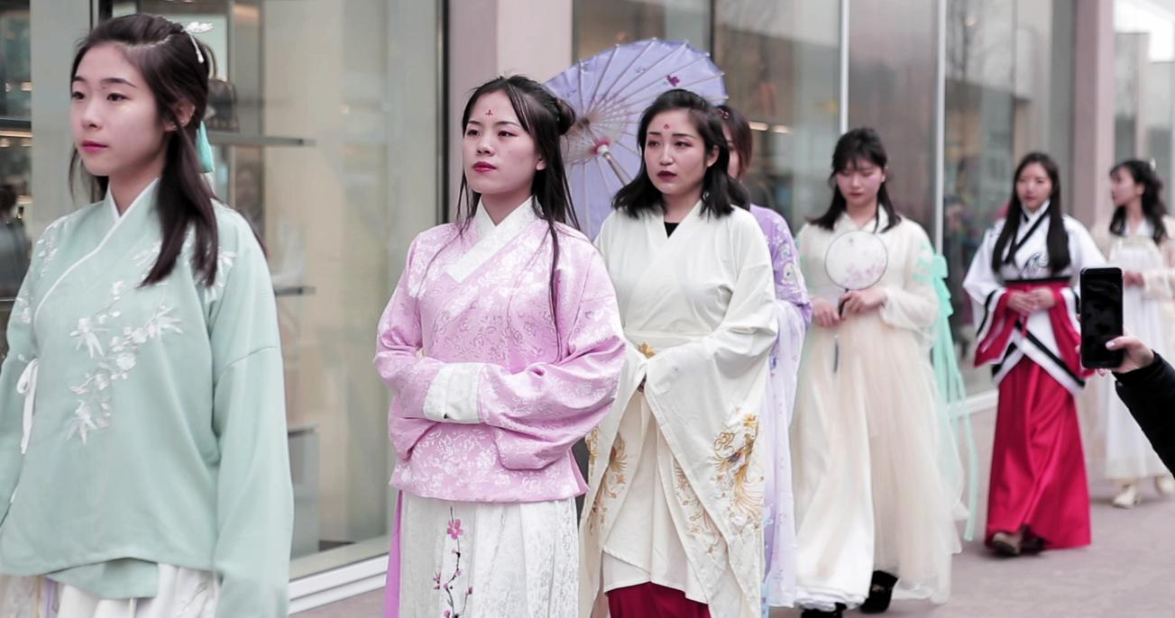 都灵奥特莱特村喜迎中国年  中国文化唱主角