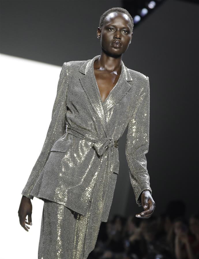 纽约时装周——Badgley Mischka品牌时装秀