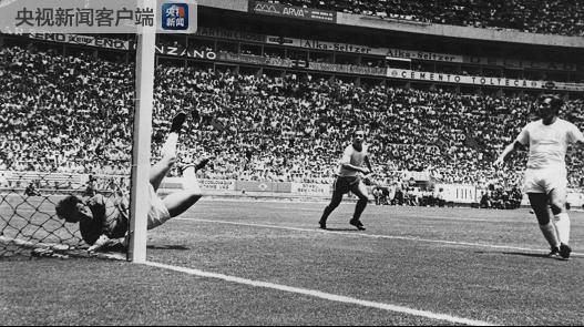 英格兰前足球门将班克斯逝世