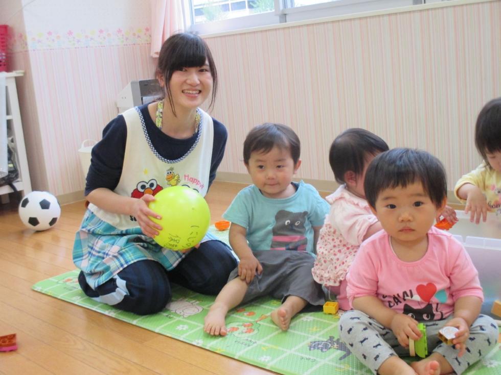 在幼儿园里的日本儿童.(日本埼玉县虹之星幼儿园)