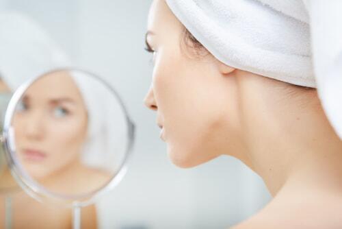 过年皮肤粗糙怎么破?PONY魔法告诉你