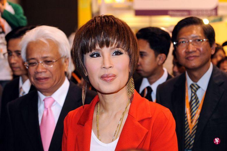 泰国王室大公主乌汶叻向人民道歉:抱歉,制造了麻烦