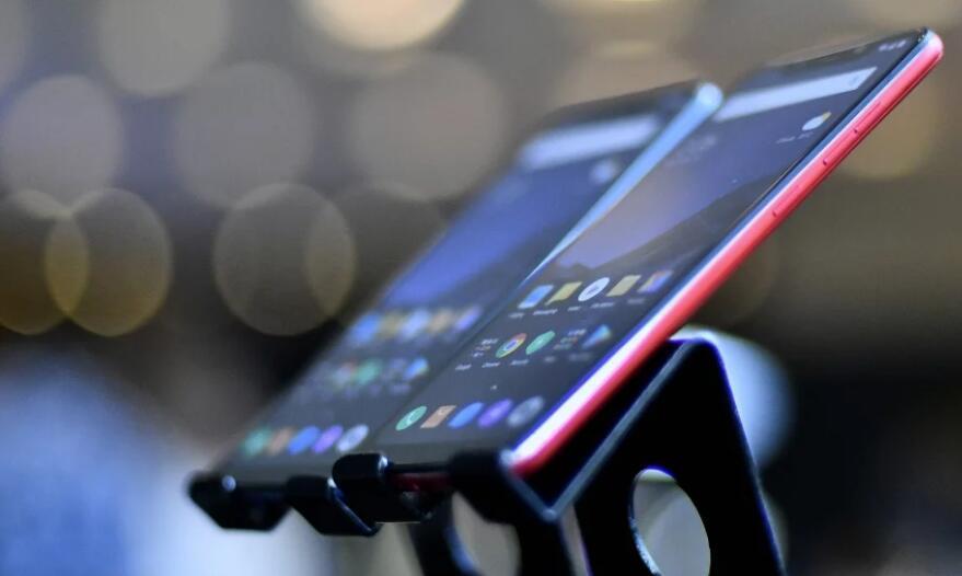 中国手机厂商持续发力 小米成印度市场最大赢家