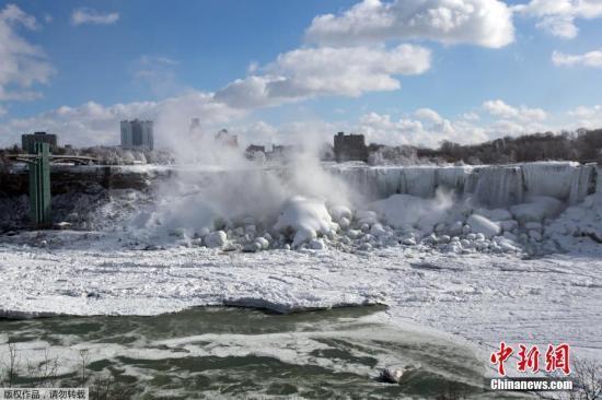 雪暴席卷加拿大多伦多、温哥华等地