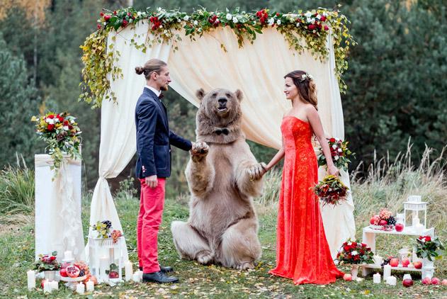 情人节看全球最疯狂婚礼 惊险浪漫真爱无所畏惧