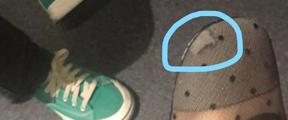 女子买近万元鞋穿3天破损:国内没法修