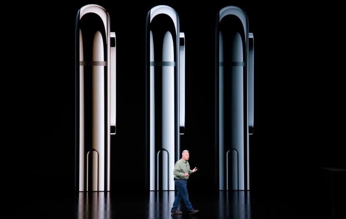 新iPhone搭三摄像头出现新证据 库克被批没创意