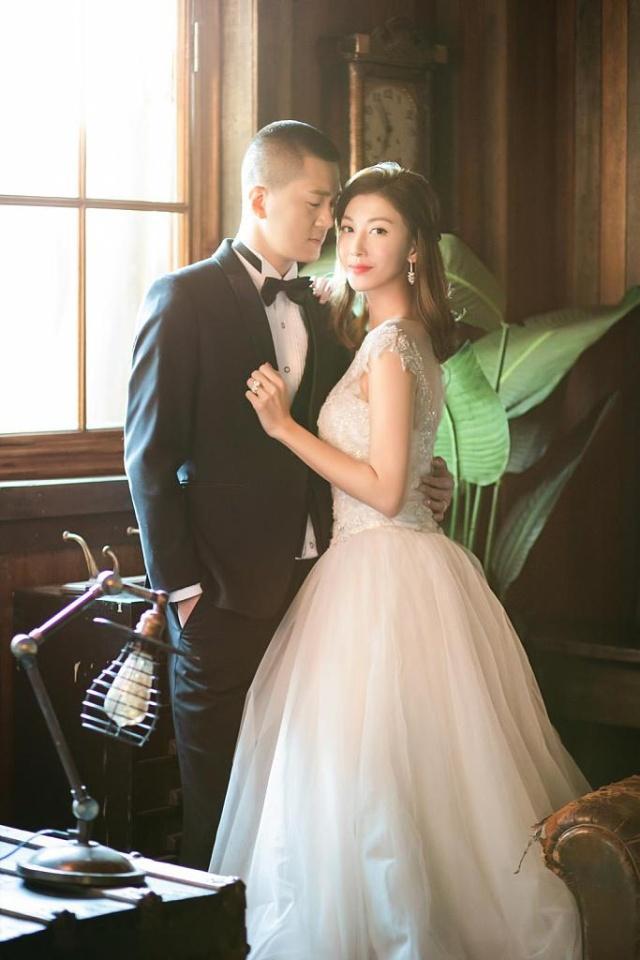 """《妻子的诱惑》中让人恨得牙痒痒的""""小三"""" 李彩桦结婚了"""